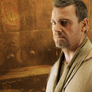 Dexter Season 7 Scoop: Ray Stevenson Cast As...