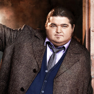 Once Upon a Time Creator Courts Jorge Garcia, Teases Trio of Disney Icons