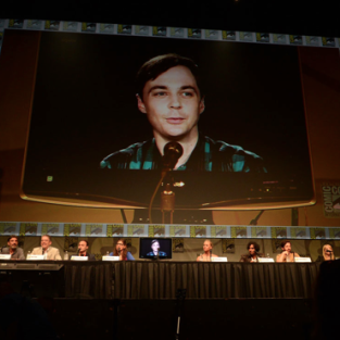 The Big Bang Theory Comic-Con Panel: Romances, Tutors and a Trip Into Space