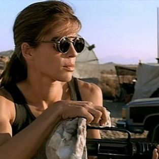 Linda Hamilton to Guest Star on Lost Girl Season 3