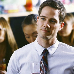 Luke MacFarlane to Guest Star on Beauty and the Beast