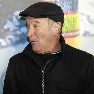 Report: Robin Williams Considering David E. Kelley Comedy Project