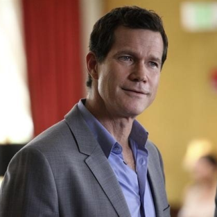Dylan Walsh to Guest Star on Special Castle Episode