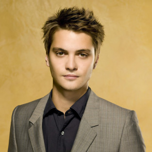 Luke Grimes to Play Profound Vampire on True Blood Season 6