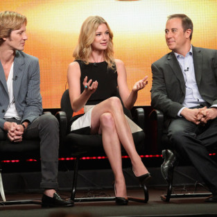 Mike Kelley Out as Revenge Showrunner