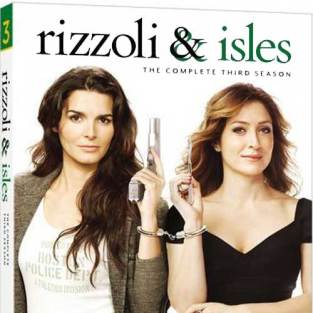 New to DVD/Blu-Ray: Breaking Bad, Rizzoli & Isles, The Newsroom and More!