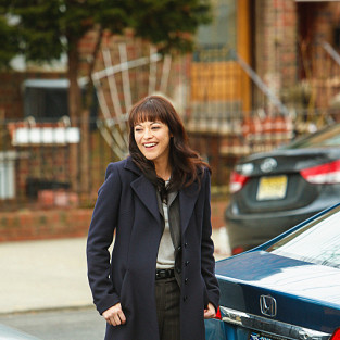 Marisa Ramirez Teases Blue Bloods Season 4, Gushes Over Donnie Wahlberg's Boy Band Moves