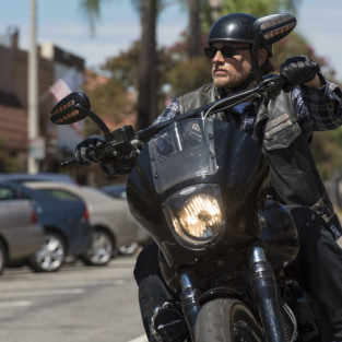 "Sons of Anarchy Round Table: ""John: 8:32"""