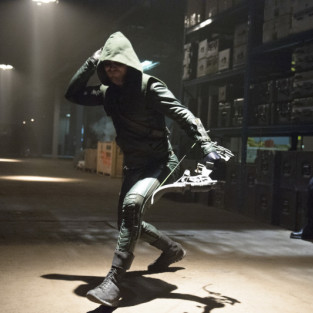 Arrow: Watch Season 2 Episode 8 Online