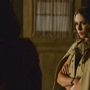 Pretty Little Liars: Watch Season 4 Episode 15 Online