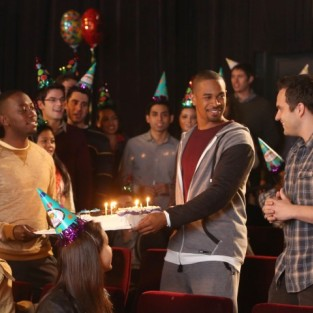 New Girl: Watch Season 3 Episode 13 Online