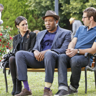 Hart of Dixie Photo Preview: Can Bluebell Be Saved?