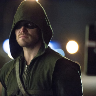 Arrow Spoilers: Felicity's Future, Diggle's Past and Villains Galore!