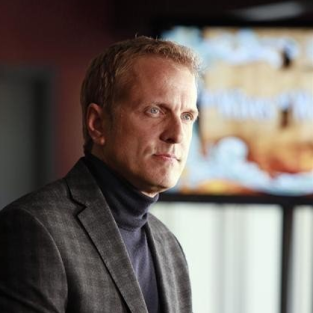 Patrick Fabian to Perform Surgery on Grey's Anatomy