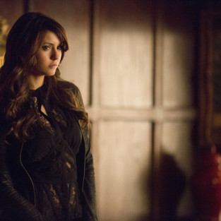 TV Ratings Report: Reign Reigns, TVD Surges