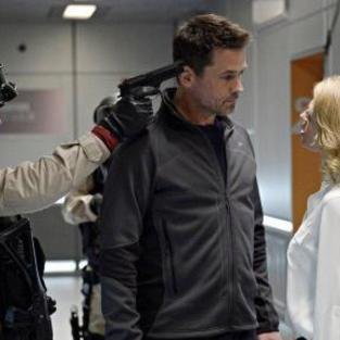 Helix: Watch Season 1 Episode 8 Online