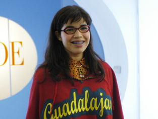 Watch Ugly Betty Season 1 Episode 1