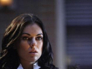 Watch Smallville Season 8 Episode 17