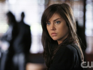 Watch 90210 Season 1 Episode 15