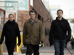 Watch Fringe Season 1 Episode 16