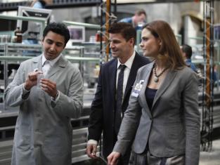 Watch Bones Season 4 Episode 24