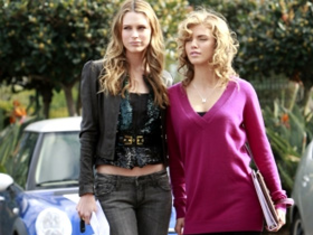Watch 90210 Season 1 Episode 21
