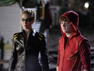 Watch Smallville Season 8 Episode 22