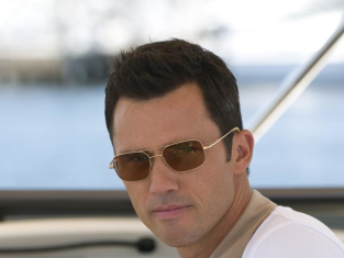 Watch Burn Notice Season 3 Episode 7