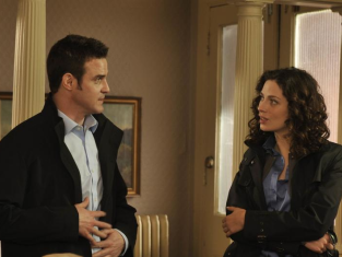 Watch Warehouse 13 Season 1 Episode 5