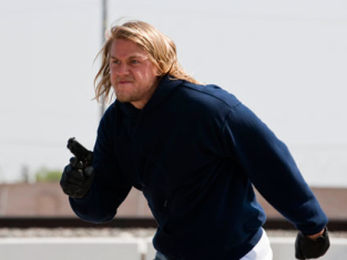 Watch Sons of Anarchy Season 2 Episode 1