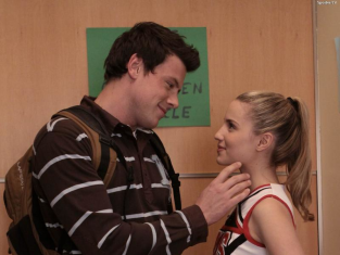 Watch Glee Season 1 Episode 4