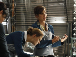 Watch Bones Season 5 Episode 2