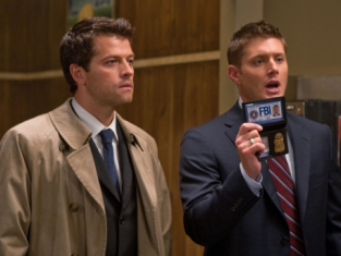 Watch Supernatural Season 5 Episode 3