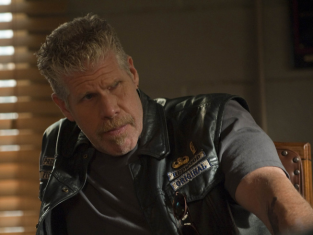 Watch Sons of Anarchy Season 2 Episode 5