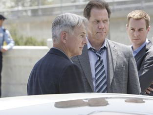 Watch NCIS Season 7 Episode 3
