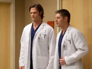 Watch Supernatural Season 5 Episode 8