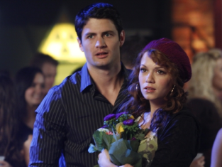 Watch One Tree Hill Season 7 Episode 9