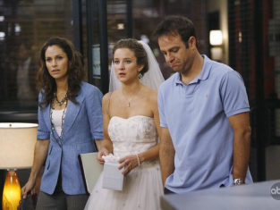 Watch Private Practice Season 3 Episode 7