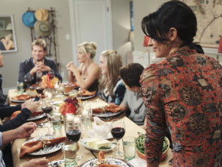 Watch Cougar Town Season 1 Episode 9