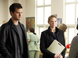 Watch Fringe Season 2 Episode 10