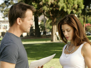 Watch Desperate Housewives Season 2 Episode 4