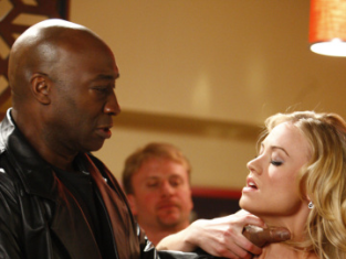 Watch Chuck Season 2 Episode 1