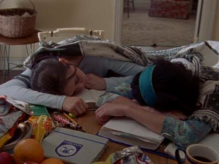 Watch Gilmore Girls Season 1 Episode 4