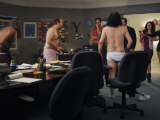 Watch 30 Rock Season 4 Episode 16