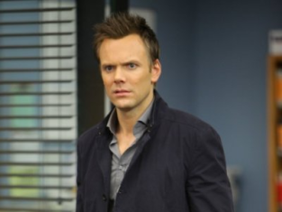 Watch Community Season 1 Episode 21