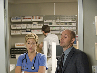 Watch Nurse Jackie Season 2 Episode 10