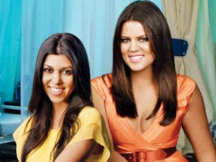 Watch Kourtney and Khloe Take Miami Season 2 Episode 2