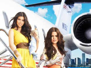 Watch Kourtney and Khloe Take Miami Season 2 Episode 3