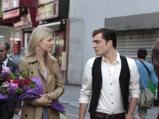 Watch Gossip Girl Season 4 Episode 2