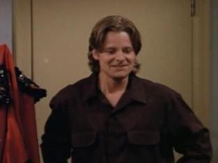 Watch Friends Season 2 Episode 4